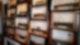 Eine große Sammlung an alten Röhrenradios